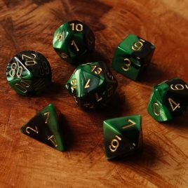 Chessex Gemini Black Green/Gold Polyset